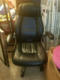 black leather padded rolling armchair Falls Church, 22043
