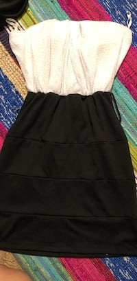 Black and white fitted dress  Richmond Hill, 31324