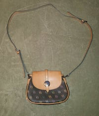Dooney and Bourke Crossbody $80