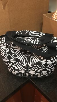Black and white floral tote bag Fairfax, 22030