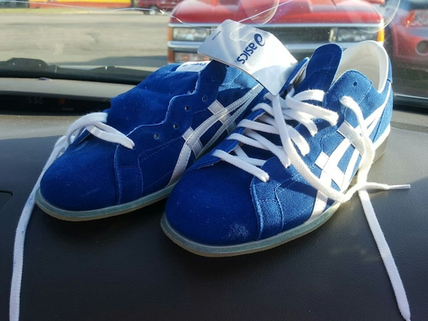 310268de9590 Used Asics tow727 weightlifting shoes for sale in Moore - letgo