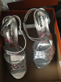 pair of silver-colored Unisted peep-toe ankle-strap heels with box Creve Coeur, 63141