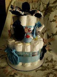 Baby boy diaper cake has size 1 diapers