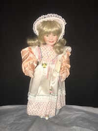 """Porcelain doll """" Children from Mother Goose collection"""" 14 6/16"""" tall Jessup, 20794"""
