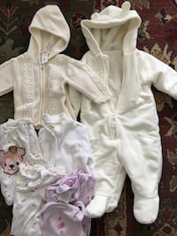baby 3-6 month snow suit and others  Mississauga