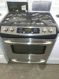 Ge stainless steel gas stove nice and clean  Houston, 77061