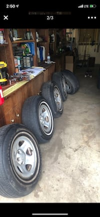5 OEM Jeep tires and rims Chantilly, 20151