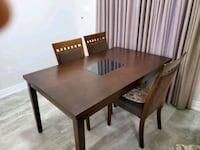 Dining table in very good condition, 3 chairs  Vaughan, L4J 9A7