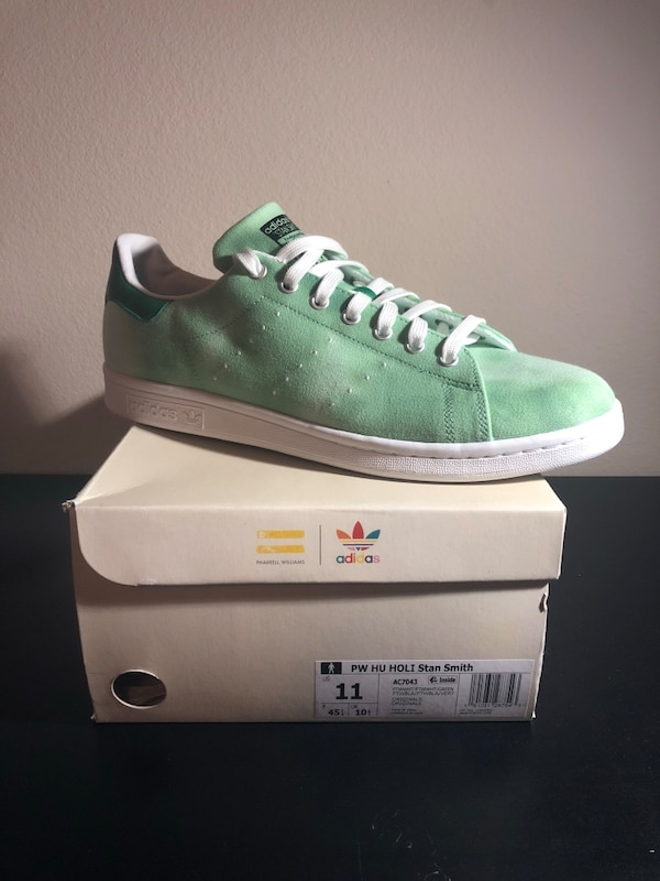 huge selection of d4623 b43e6 Adidas Stan Smith size 11