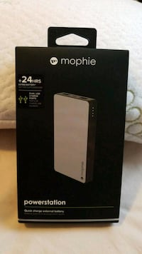 Mophie Juice Pack air box Mississauga, L4X 2V6