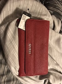 Red Guess Wallet. Vaughan, L4H 1P5