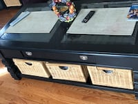 Coffee table and two end tables  Upper Marlboro, 20772