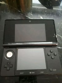 Nintendo 3DS with Charger, 1 DS game Toronto, M3H 4P2