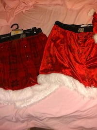 women's red and black shorts 923 mi