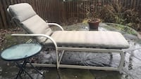 Patio chaise and table 25 mi