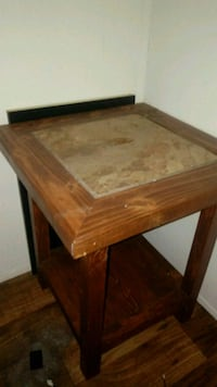 2 end tables Oklahoma City, 73129