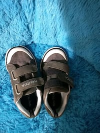 Toddler boys size 9 shoes Holiday, 34690