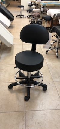 Brand new hydraulic rolling stool with backrest and footrest 多伦多, M4K