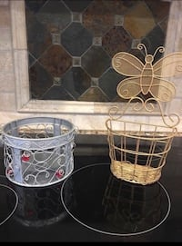 2 Wire Baskets