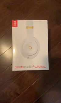 BRAND NEW NEVER OPENED BEATS Vaughan, L4K 5W4