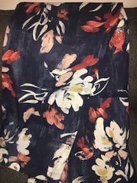Black, yellow, and white floral textile Tuscaloosa, 35401