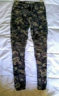 Camouflage Low-Rider VIP Jeans