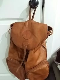 Queros leather backpack