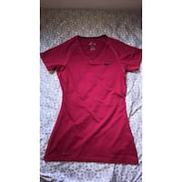Pink Nike shirt Stockton, 95215
