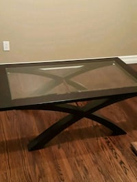Solid wood coffee table  London, N5X 2A1