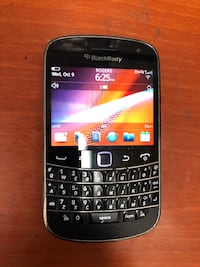 Blackberry bold 9900 unlocked cell phone Mississauga, L5M 7L9