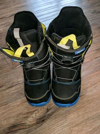 Size 6 BURTON BOOTS.  Mint condition Ardrossan, T8G 2C3