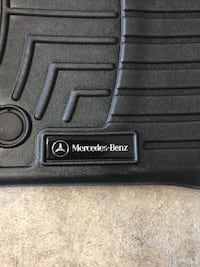 Mercedes OEM all weather floor liners trays mats  ML / GLE class 2012 and up    Brossard, J4X