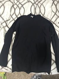 Under Armor warm shirt  Tigard, 97224