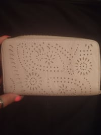 Womens wallet $10 obo mpu Shallowater, 79363