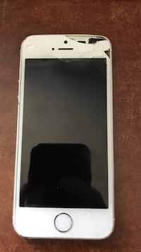 iPhone 5s unlocked 16gb Petrolia, N0N 1R0