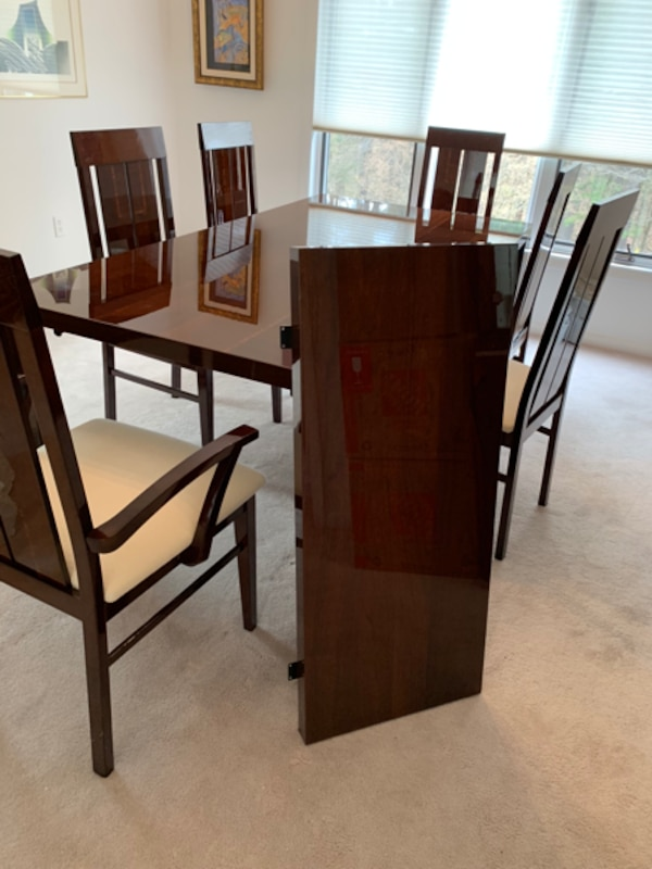 Alf Italian high gloss dining room table and 6 chairs