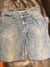 Izod mens jeans relaxed fit  34 x 32 Mississauga, L5J
