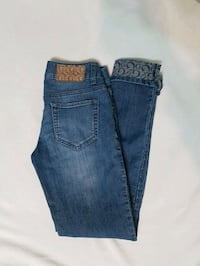 Guess jeans size 4 Kitchener, N2E 3W9