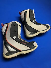 Solomon snowboard boots (size 10.0 men's) Los Angeles, 91307