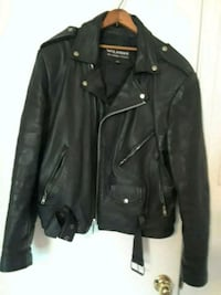 Heavy insulated leather jacket size large. Garland, 75043