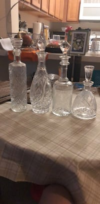 clear glass decanter and four wine glasses Fairfax, 22033