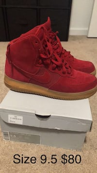 Red Nikes Air Force  Des Moines, 50314