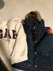 Gap hoodie used size 5years hmm winter jacket size 3to 4years.