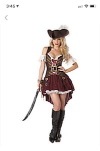 Woman pirate outfit. New. Boots and hat are not included. Size medium. Fairfax, 22032