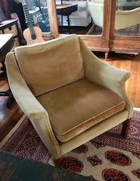 Vintage velvet chair - Tan Santa Barbara, 93110
