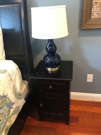 Solid wood black/brown nightstand or side table Baltimore, 21224
