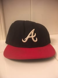 black and red New York Yankees fitted cap