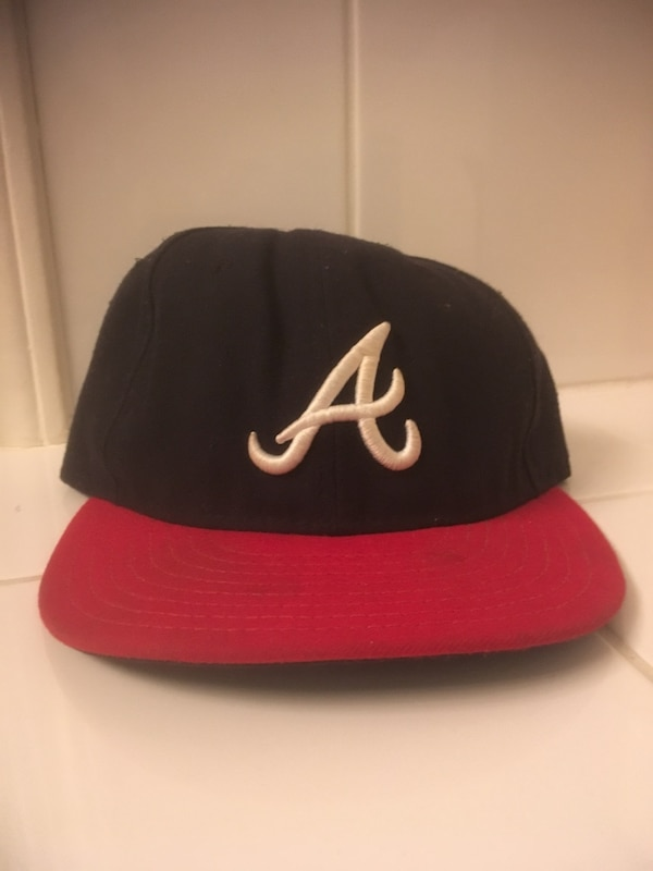 78b5dfb1a756f Used black and red New York Yankees fitted cap for sale - letgo