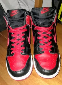 RED AND BLACK NIKE HIGHTOPS SIZE 6Y
