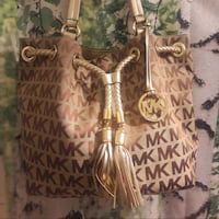Michael Kors JS MK Signature Purse with Tassels Oakland, 94611